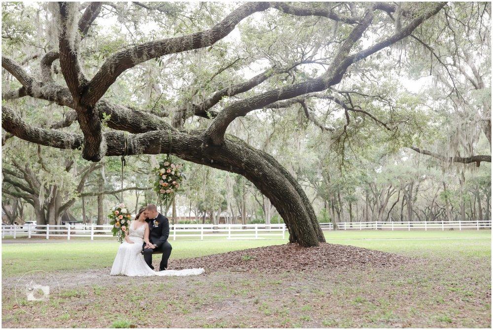 Rustic, Elegant Barn Wedding in Tampa_0070.jpg
