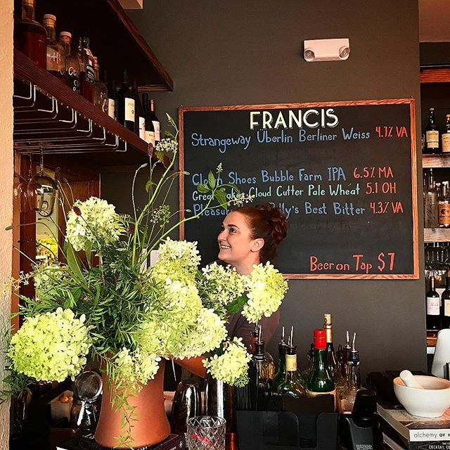 Weekend flower delivery from @flourishroot brightens our bar and our day.  Come visit Jenny today at 3pm!  #flourishrootflorals #sperryvilleva #sundayfunday #francisbarsperryville #thorntonrivergrille #rpksperryville