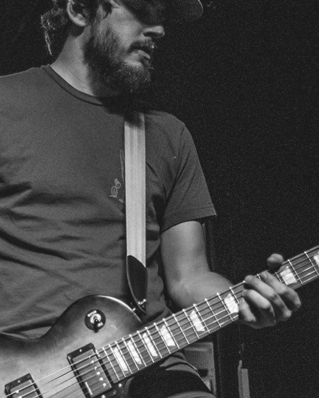 Austin Willson — Guitar