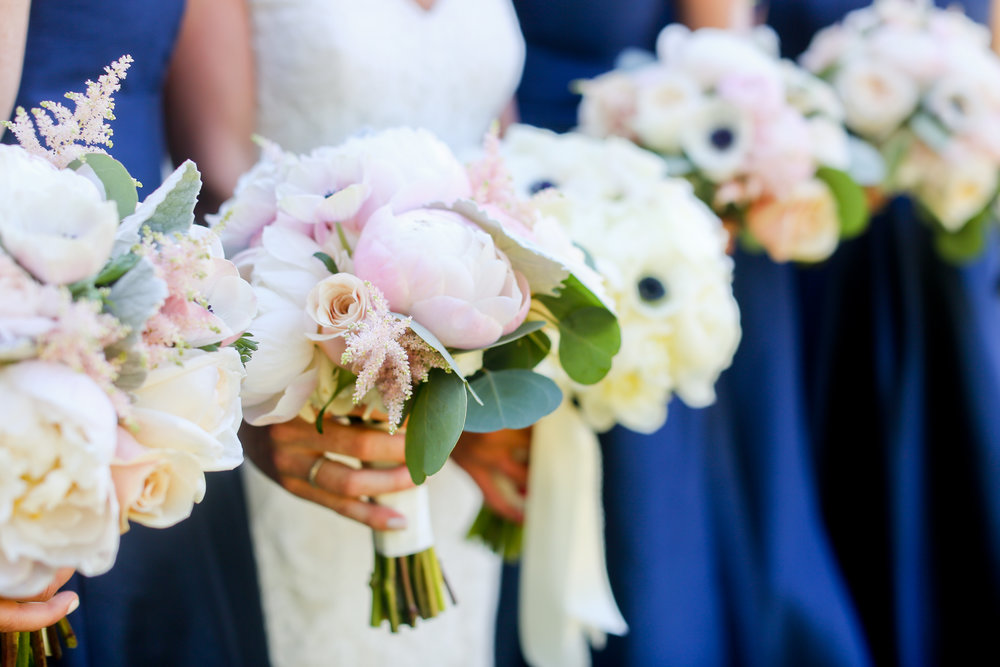 14 Bridesmaids bouquets.jpg