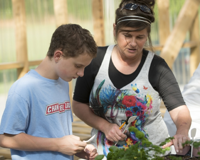 WE GROW HOPE | Programs for special needs and at-risk youth