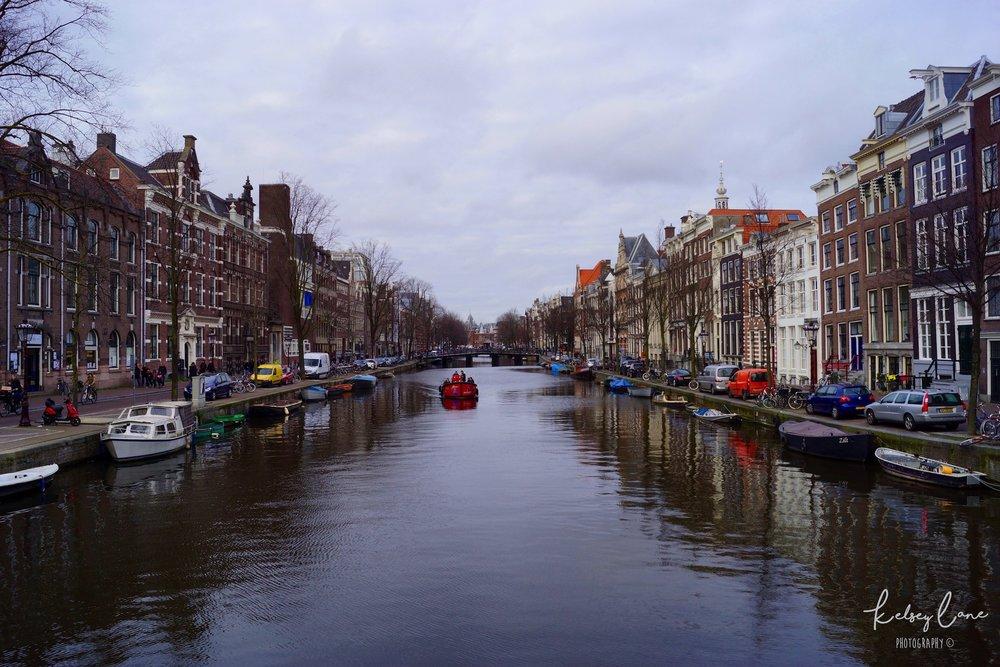 Canal in Amsterdam.jpg