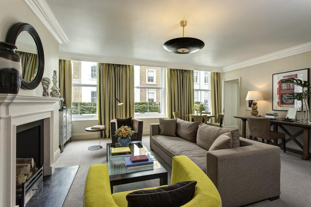 4 RFH Brown's Hotel -Classic Suite 6137 Jul 17.JPG