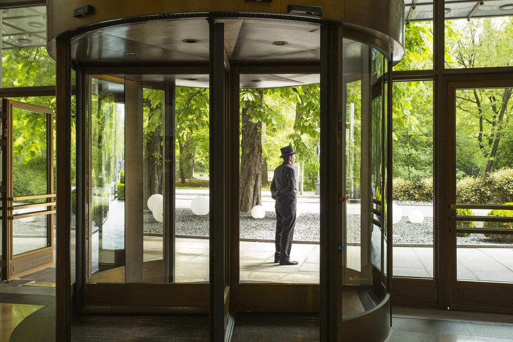 19 RFH The Charles Hotel - Entrance 7091 JG May 17.JPG