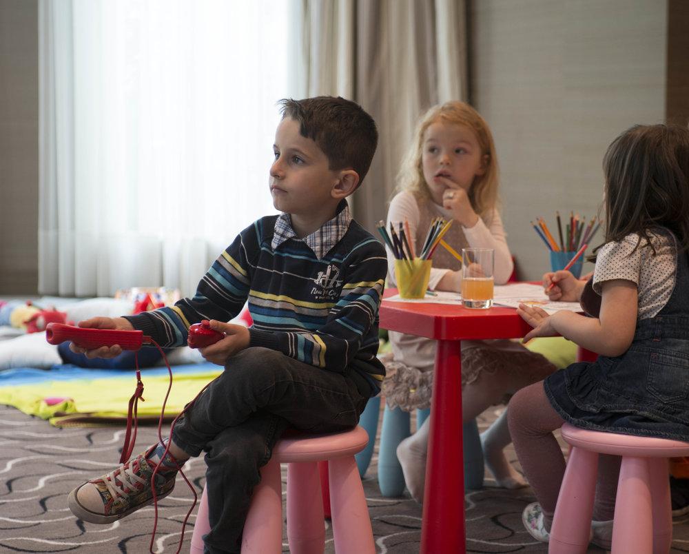 RFH Children at The Charles Hotel 5685 AH May 14.jpg