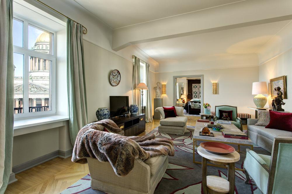 1 RFH Hotel Astoria - Tsar Suite 7911.JPG