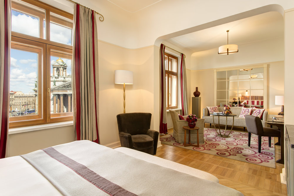 6 RFH Hotel Astoria - Junior Suite 7143.JPG