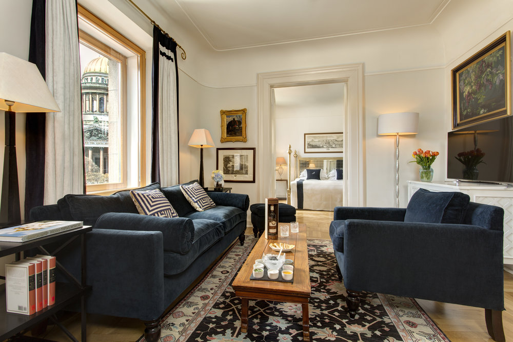10 RFH Hotel Astoria - Tchaikovsky Royal Suite 8011.JPG