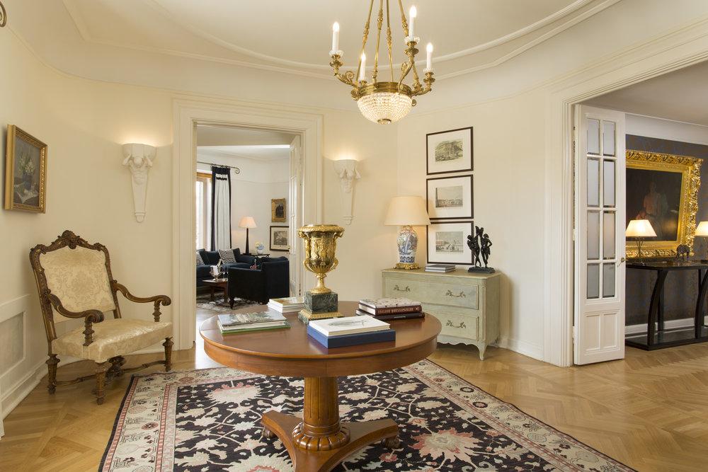 12 RFH Hotel Astoria - Presidential Suite 7678.JPG