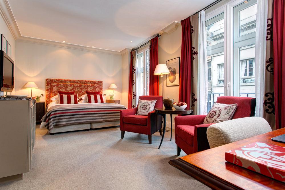 2 RFH Hotel Amigo - Deluxe Room 6676 JG Nov 16.jpg