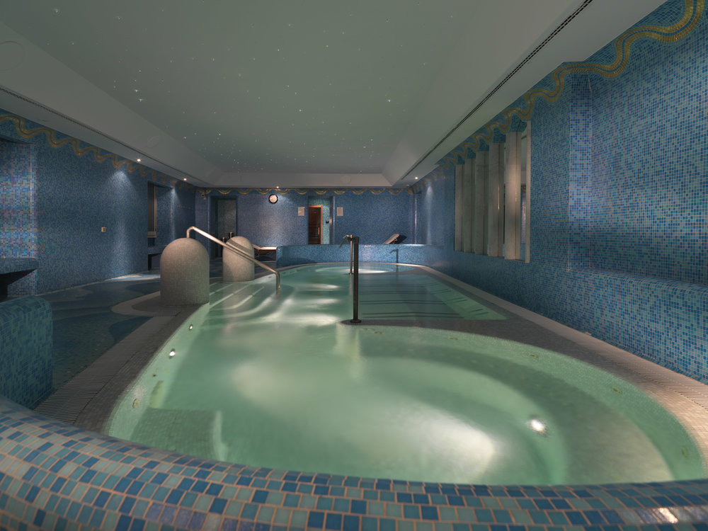 9B RFH Hotel de Russie - De Russie Wellness Zone Jacuzzi May 10 A Houston.jpg
