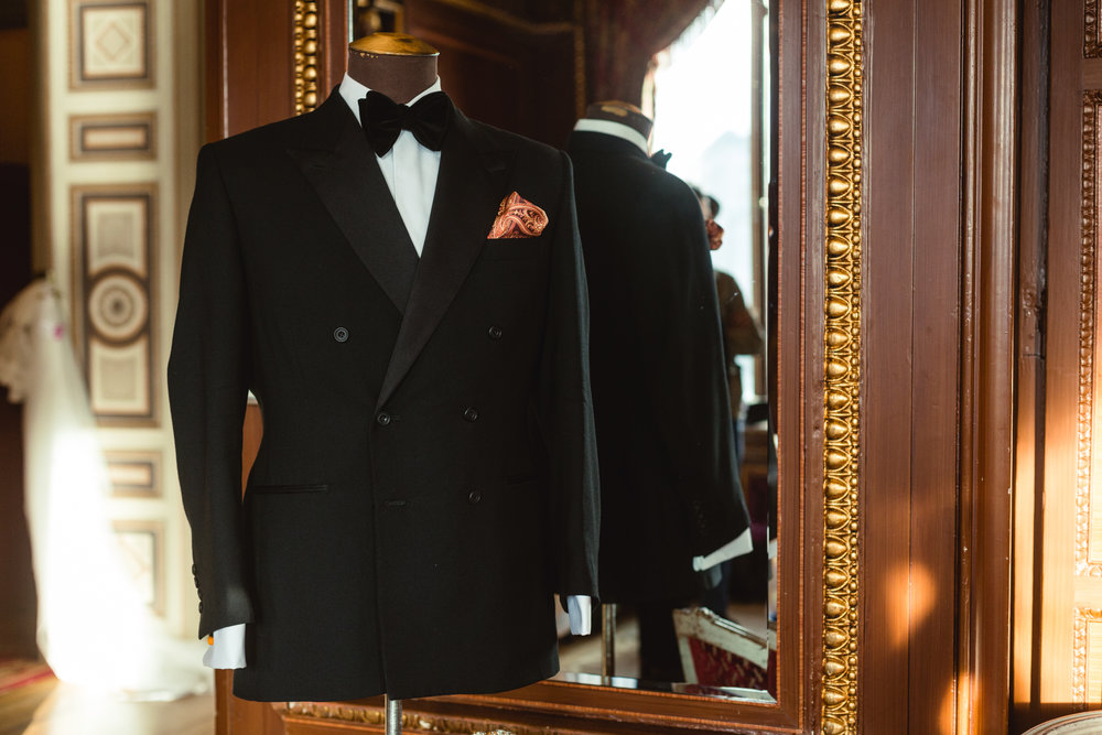 Double breasted Götrich Dinner Jacket in black wool with peak lapels with silk facings.