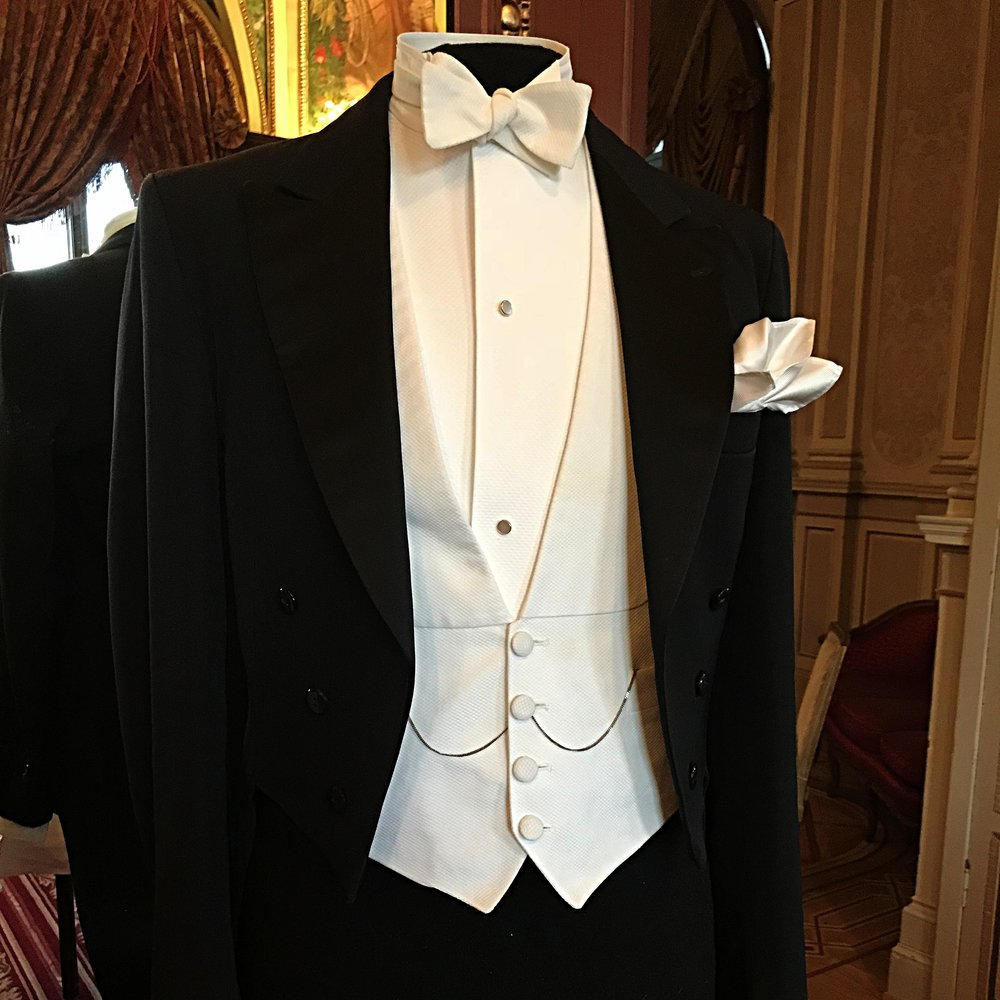 White Tie -