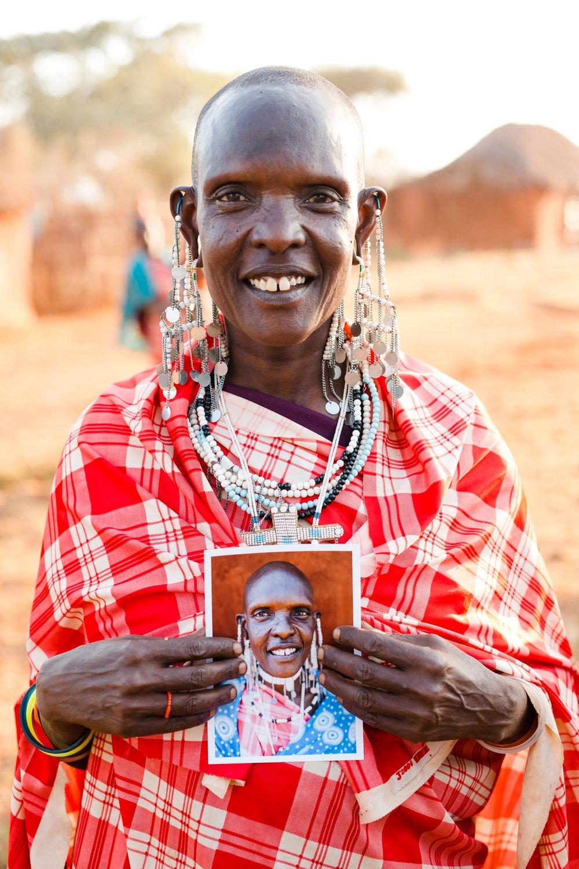 cameron-zegers-travel-photographer-tanzania-portrait.jpg