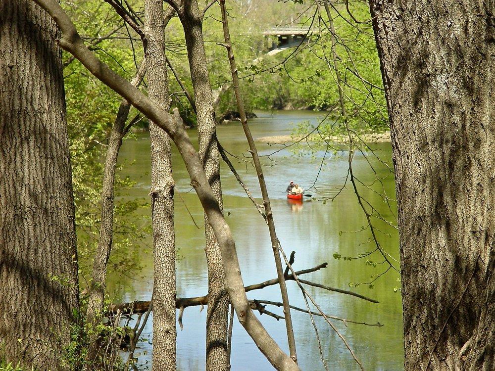canoeStationary.jpg