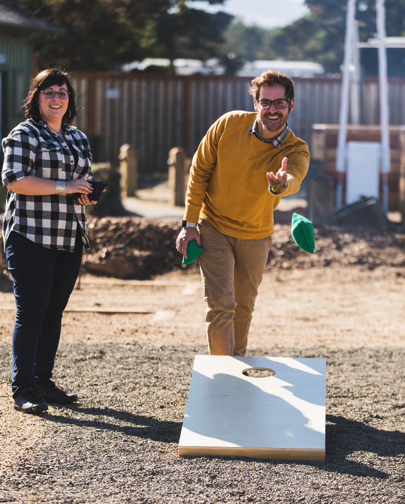 CORNHOLE AND MORE - GET COMPETITIVE AND BRING YOUR FRIENDS