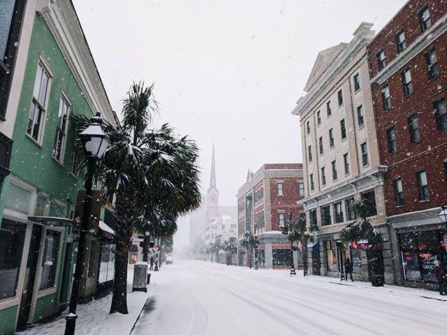 Scenes from around downtown of Snowpocalypse 2018