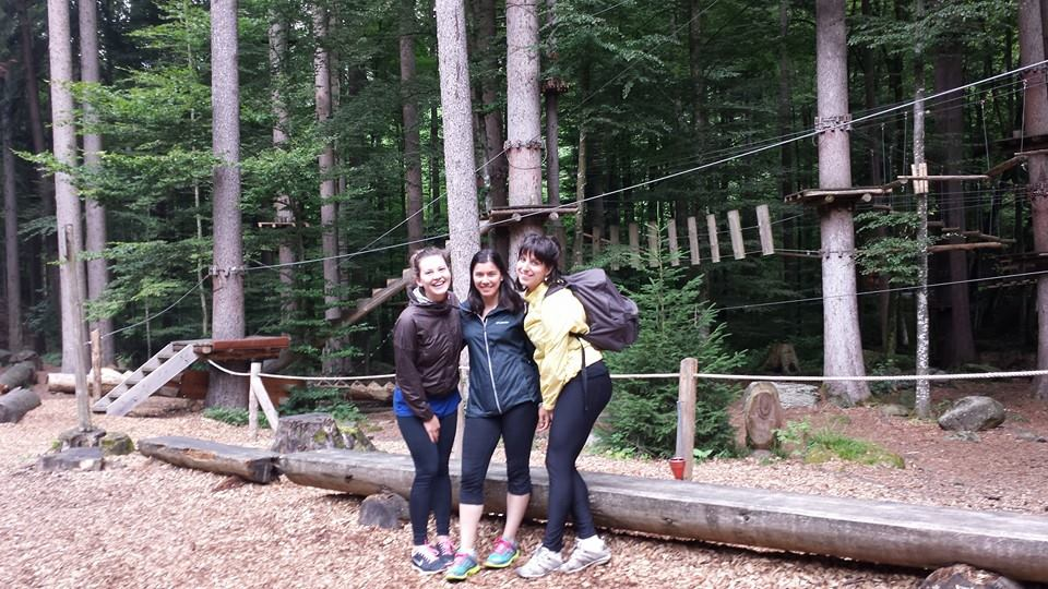 I met Briana and Alissa on couch surfing and took them zip lining.