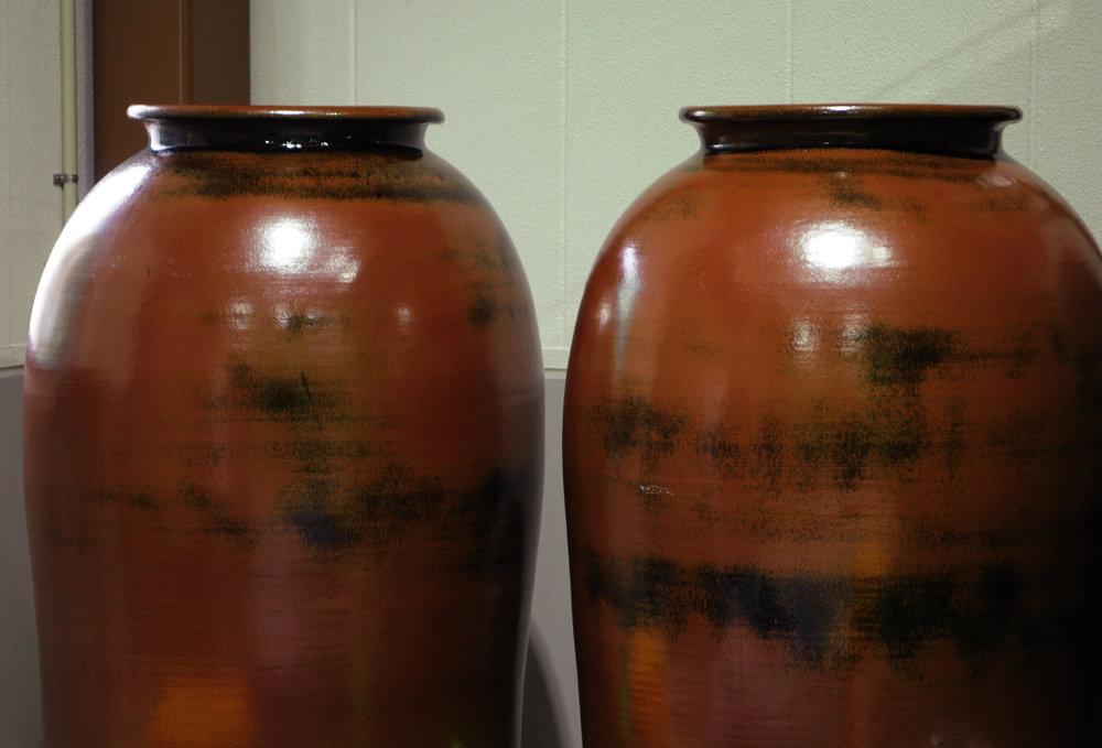 Traditional Shigaraki amphora that protect and gently age Gojiro umeshu.