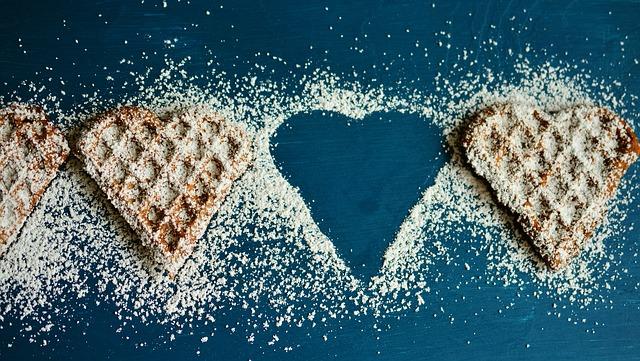 waffle-heart-2697904_640.jpg