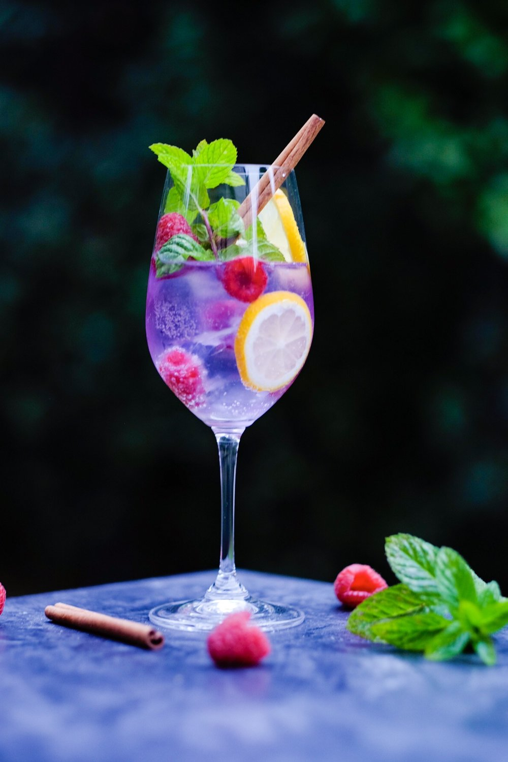 Purple Gin & Tonic