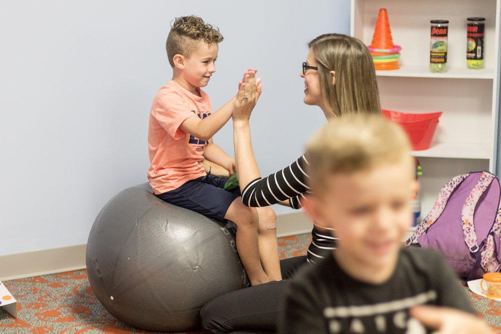 Pediatric Rehab-Pennsylvania Photogtaphy-Lytle Photo Company - Jeannie Lytle (26).jpg