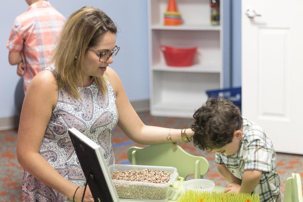 Pediatric Rehab-Pennsylvania Photogtaphy-Lytle Photo Company - Jeannie Lytle.jpg