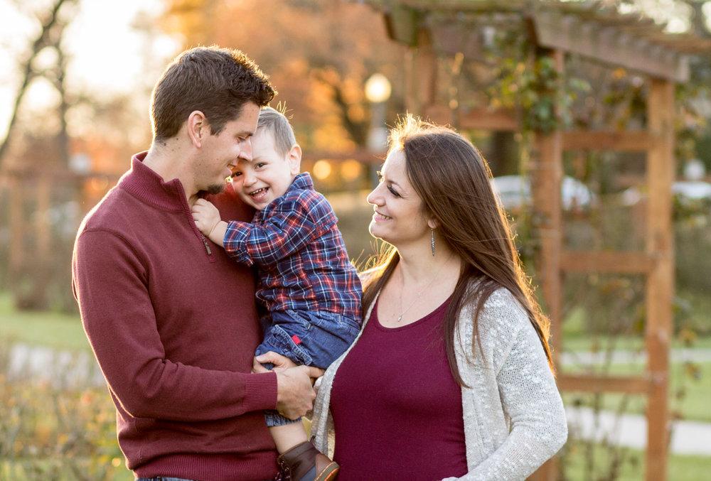 Allentown-rose-garden-lytle-photo-co-family-session (13).jpg