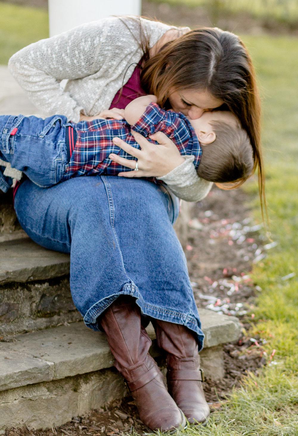 Allentown-rose-garden-lytle-photo-co-family-session (42).jpg