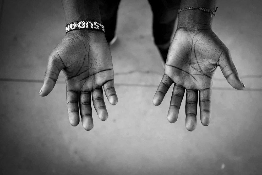 Moses Tut- hands