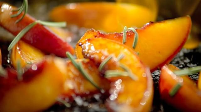 Carmelized peaches with rosemary? Yes please! This still is from Director Todd Klein's production for @eataly . . . . #commercialdirector #tabletop #liveaction #bigdeahlproductions #commercialproductions #creativeagencies #foodstylist #production #Videos #VideoProduction #Viral #ViralVideos #Production #LosAngeles #Commercials #bigdeahl #entertainment #creative #food #director #producer #artdirector #creativedirector #peaches #sizzle #cook #delicious #tasty #rosemary