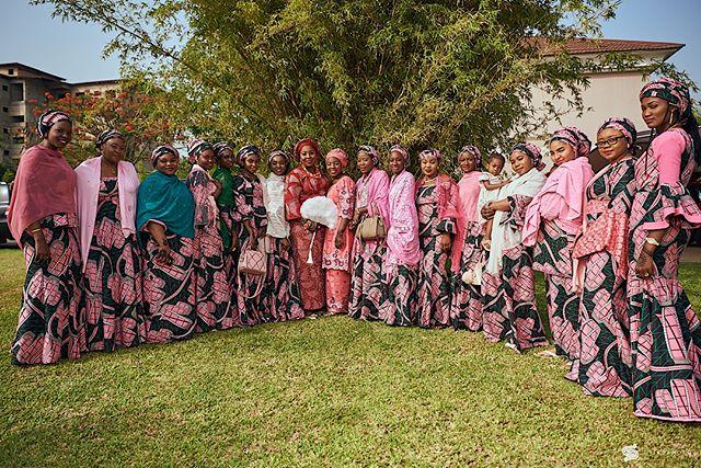 ・・・ Wedding Moments Bridal Squad Team: @gregpeter1  @festyproduction •••• • #wedding #weddingphotographer #weddingportrait #bridesmaids  #bride #bridalportrait #nigerianwedding #portraitpage  #naijaweddings #stiksphoto