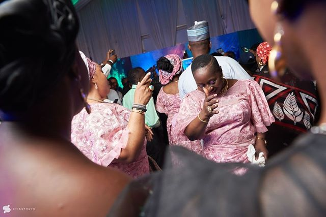 #MU2018 Moments •••• Team :@oluwafemi_stephens @gregpeter1 @princessdawnba5e ••••• #portraitpage #portrait #weddingdocumentary  #weddingdigestnaija  #moments #weddingportraits #bridals #artofvisuals #portraitgames #portraitmood #naijaweddings #weddingdiaries  #stiksphoto