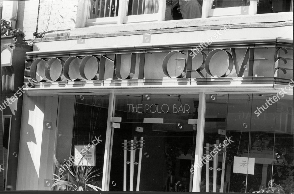 coconut-grove-restaurant-barrett-street-christophers-place-w1-1985-shutterstock-editorial-1681372a.jpg