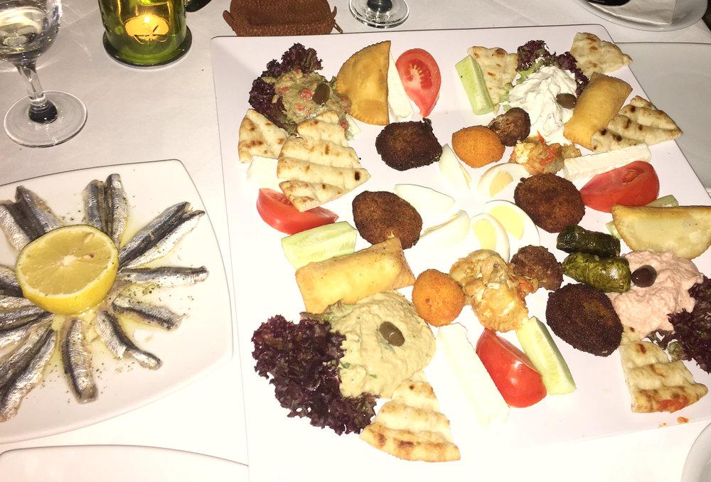 ammoudara restaurante mezze grecia mar.jpg