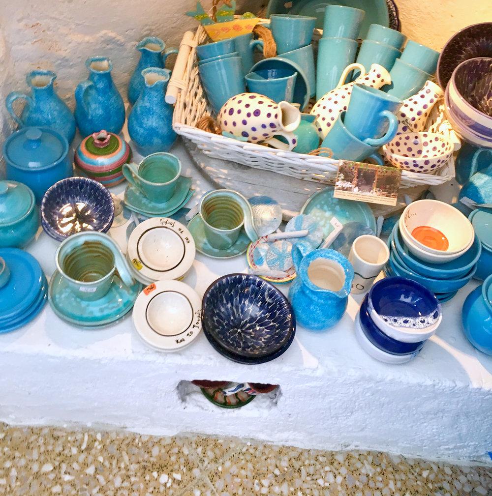 mochlos creta artesania crete artisanat azul blanco bleu blanc.jpg