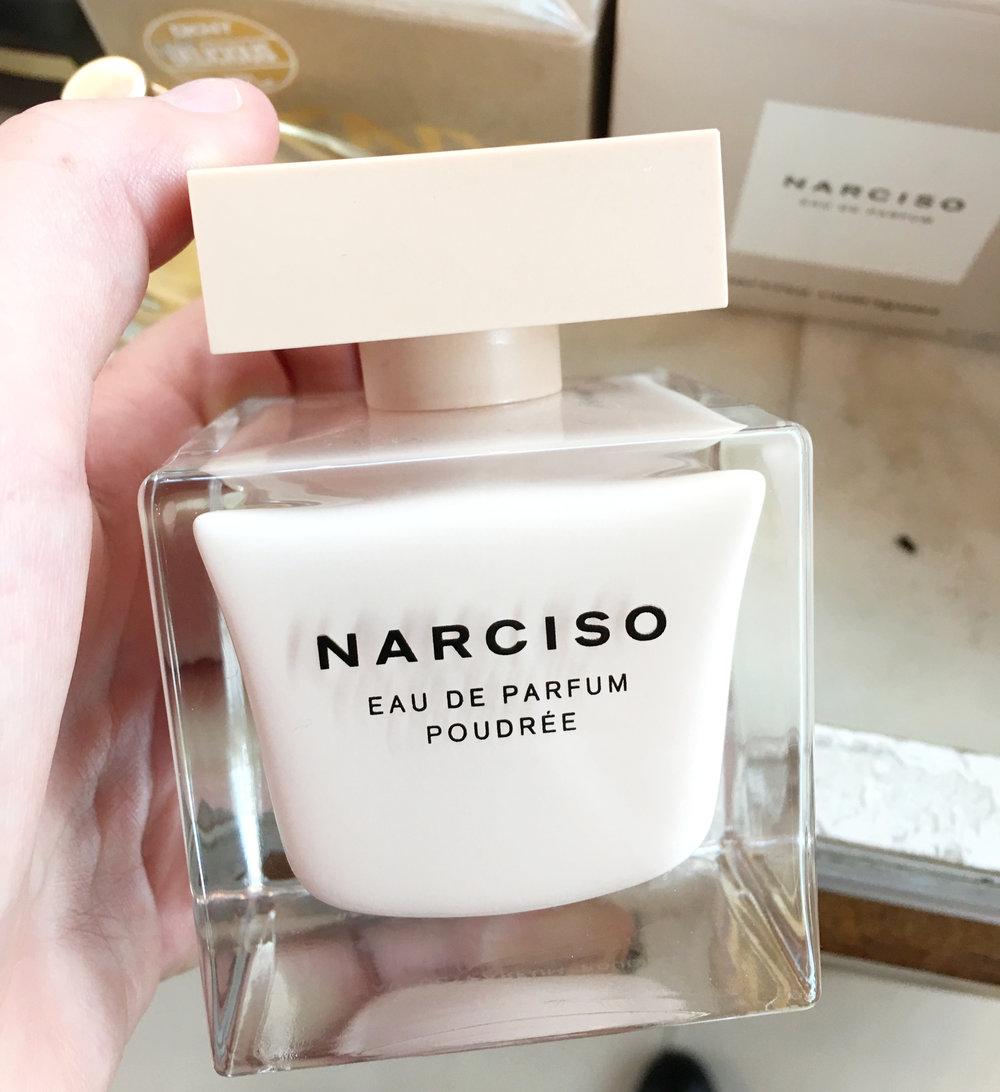 parfum narciso rodriguez eau de parfum poudree.JPG