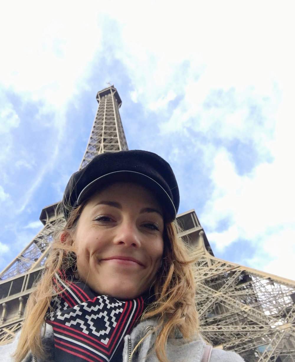 tour eiffel torre eiffel look casquette.jpg
