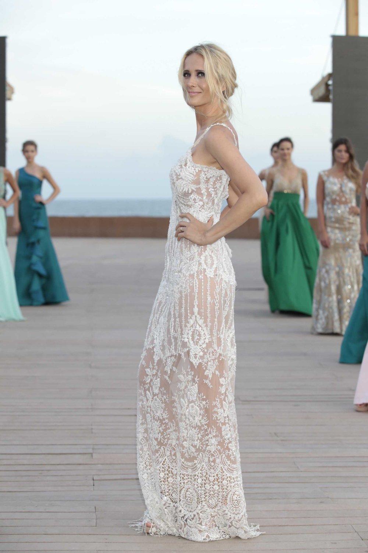 pinamar moda look 2018 Laurencio Adot en tul bordado en la paleta off white.jpg