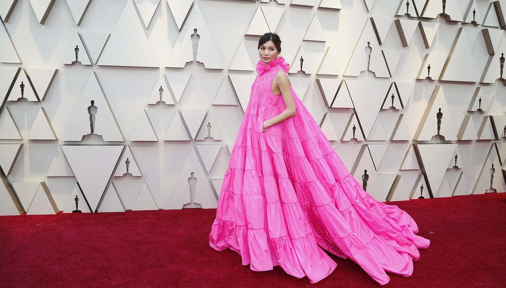 Oscar-2019-Alfombra-Roja-35 Gemma Chan.jpg