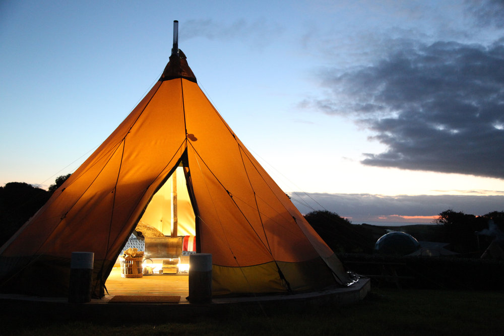 - THE TIPIS - Sleeps 2-4