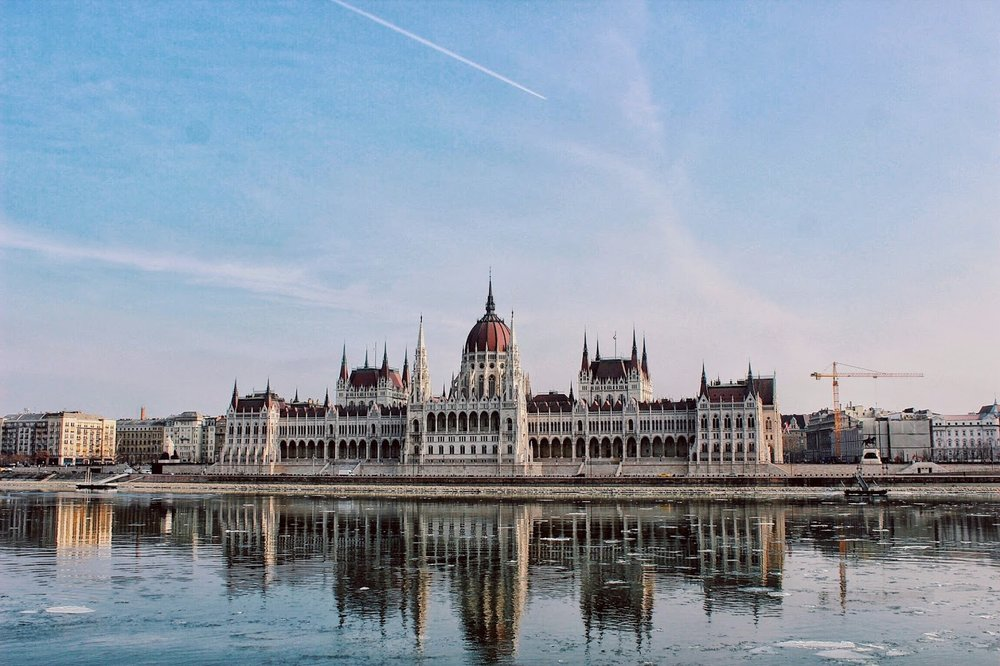lifesthayle-budapest-hungarian-parliament.jpg