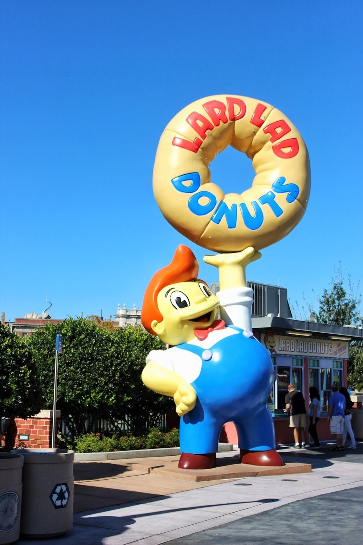 lifesthayle-springfield-universal-lard-lad-donuts.JPG