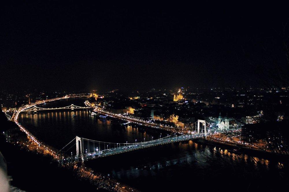 lifesthayle-budapest-citadella-elisabeth-bridge.jpg