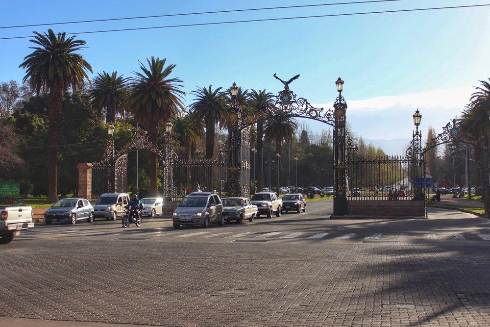 lifesthayle-mendoza-portones-del-parque2.JPG