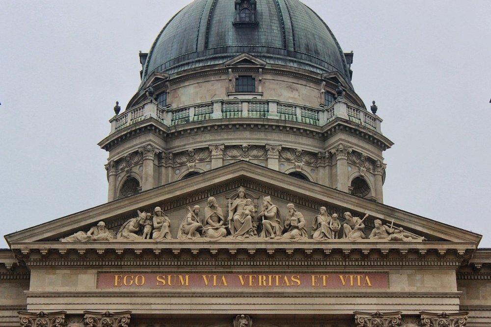 lifesthayle-budapest-saint-stephens-basilica-szent-istvan-bazilika.JPG