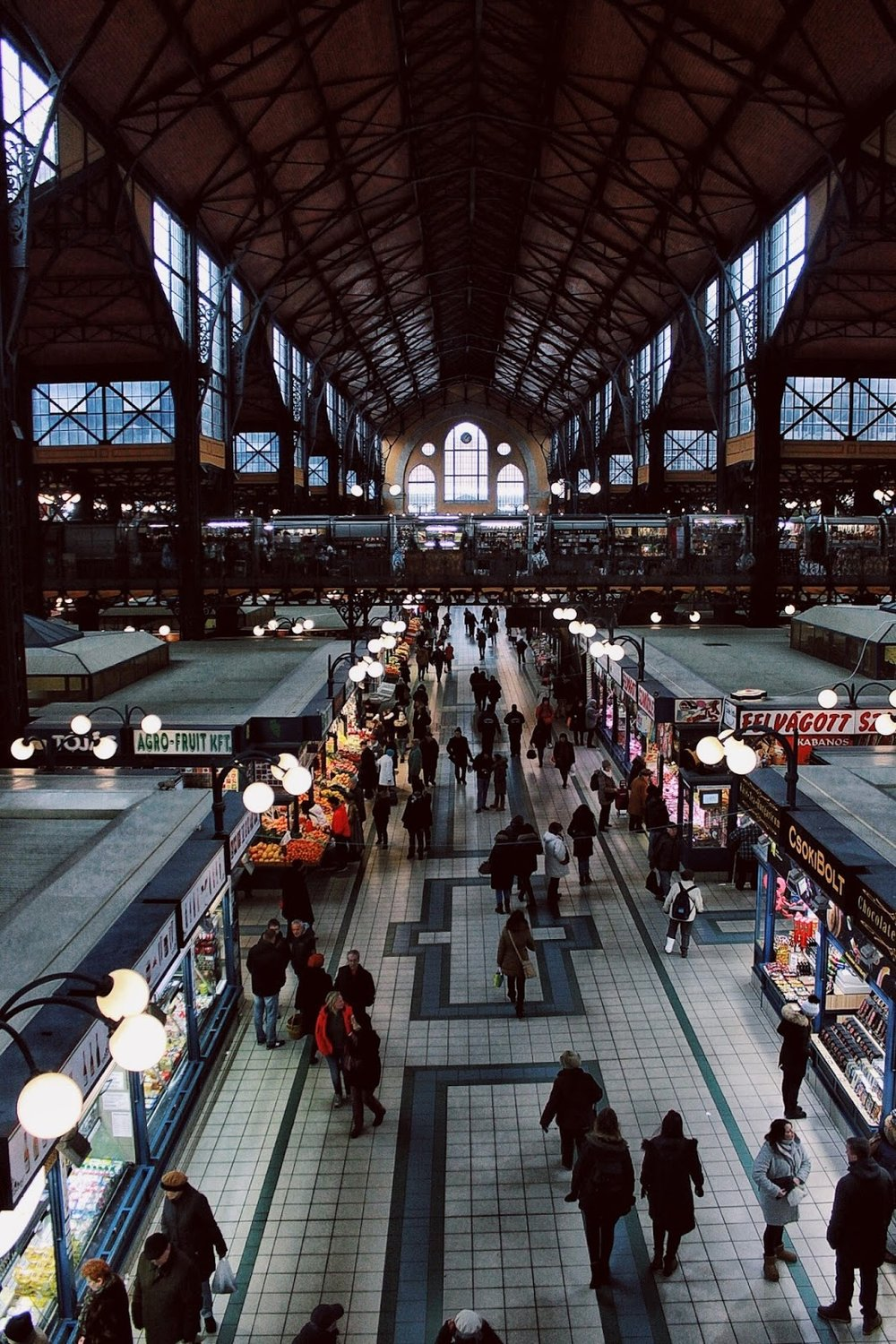 lifesthayle-budapest-great-market-hall.jpg
