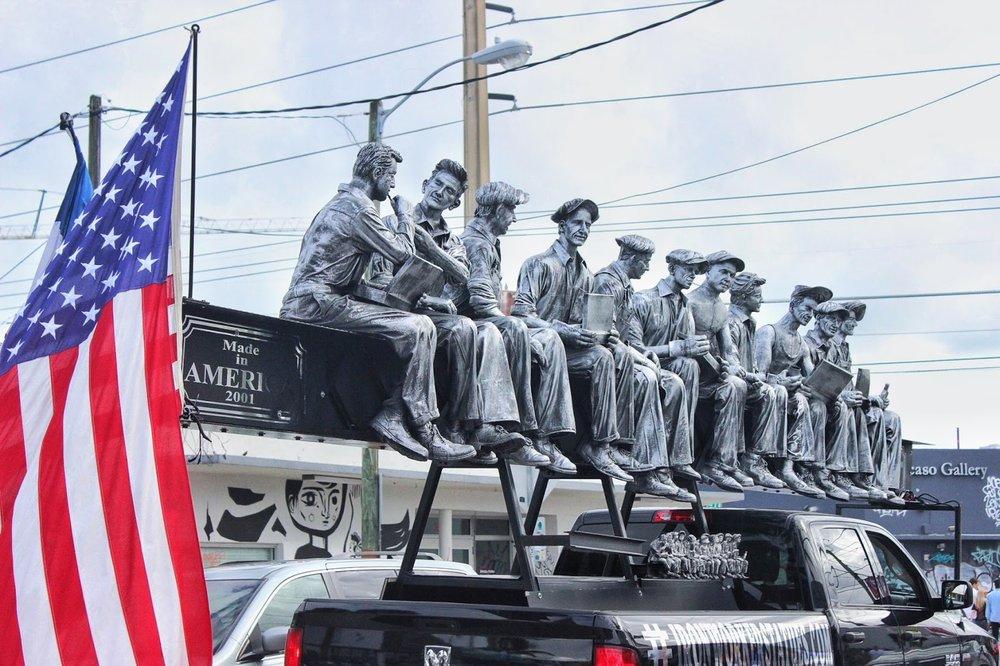miami-wynwood-ironworkers-statue.JPG