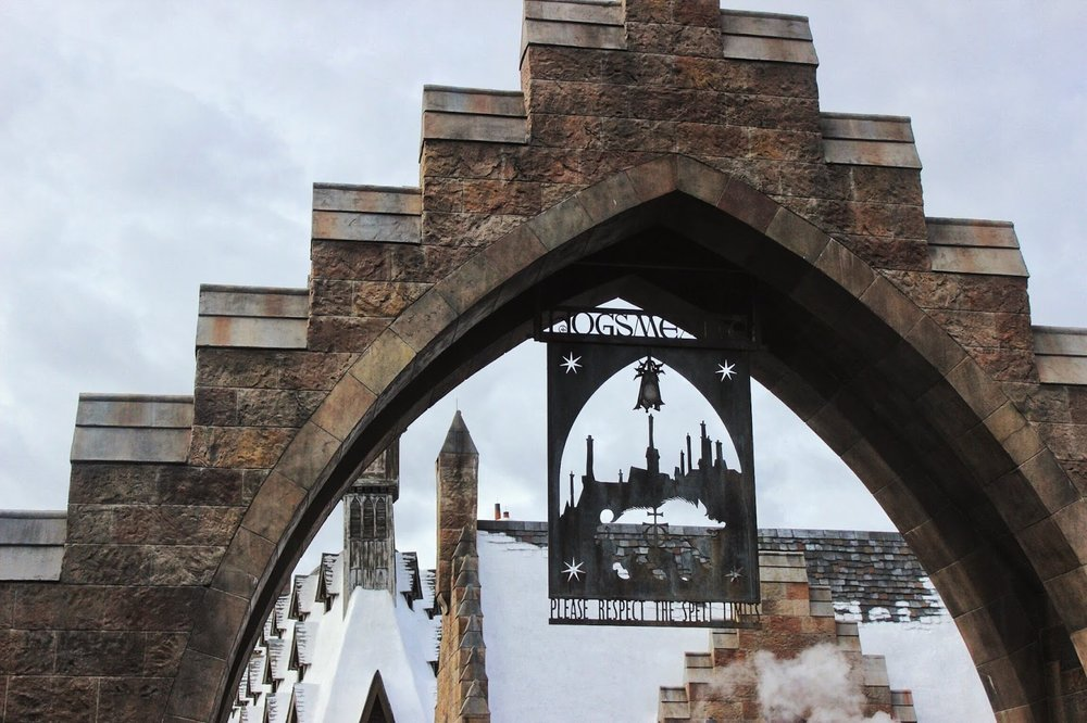 lifesthayle-harry-potter-hogsmeade.JPG