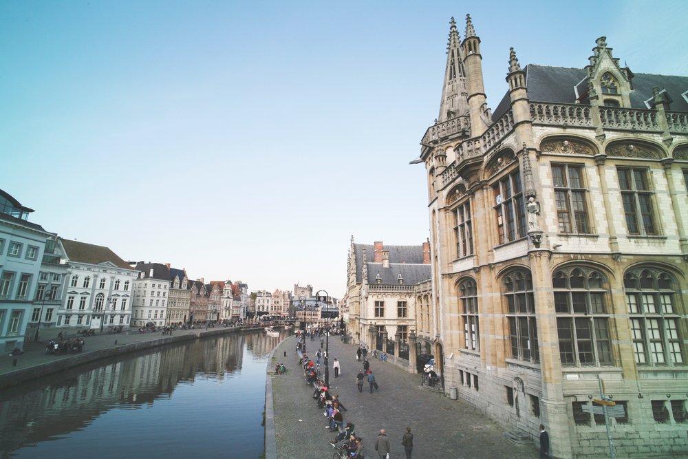 Oost-Vlaanderen - Klik hier om onze coaches in Oost-Vlaanderen te zien